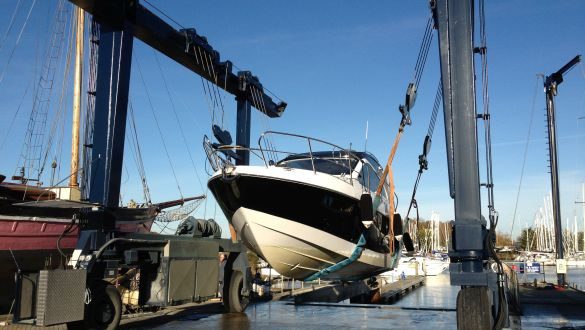 Chichester Marina Boatyard Hoist and Services