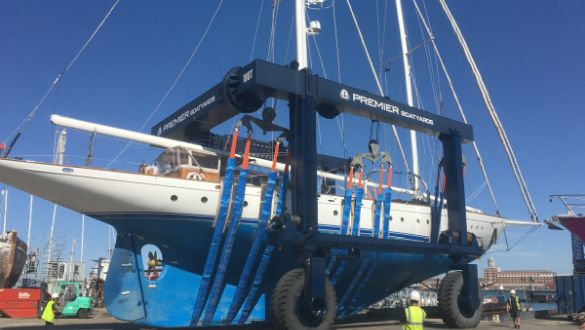 Sailing Yacht Gloria returns to Endeavour Quay for refit