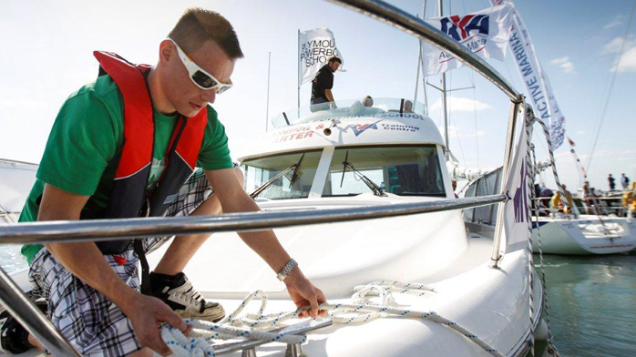 RYA active event man using rope