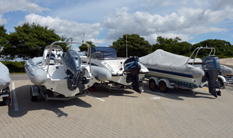 Trailer Sailor and Versadock facilities at Chichester marina